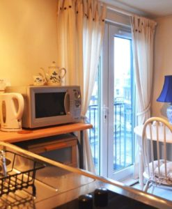 Self Catering Archives - London Bed + Breakfast
